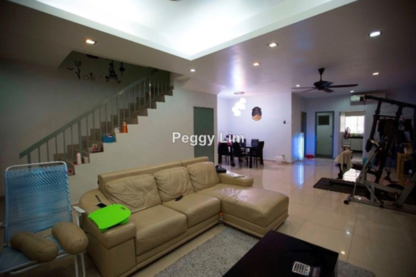 For Sale Terrace at PJS 3, PJ South Leasehold Semi Furnished 4R/3B 780k
