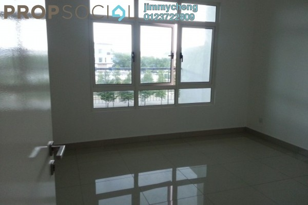 For Sale Condominium at La Thea Residences, 16 Sierra Leasehold Unfurnished 2R/2B 485k
