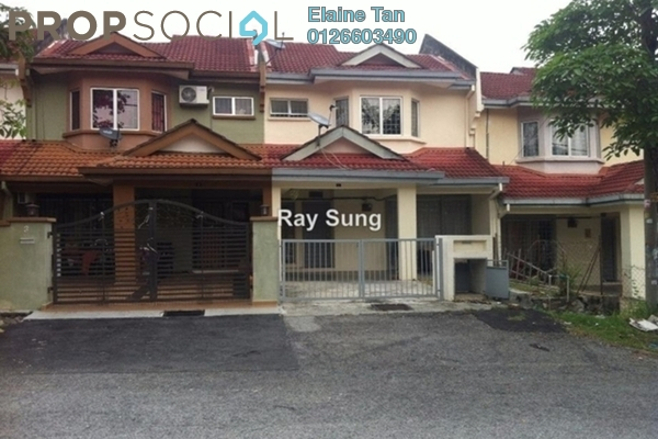 For Sale Terrace at Taman Bukit Serdang, Seri Kembangan Freehold Semi Furnished 4R/3B 468k
