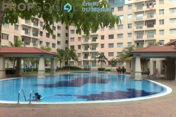 For Sale Apartment at Vista Pinggiran, Bandar Putra Permai Leasehold Semi Furnished 3R/2B 290k