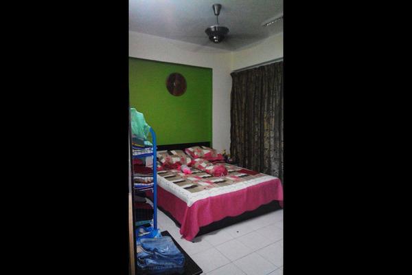 For Sale Condominium at Vista Mahkota Apartment, Bandar Mahkota Cheras Freehold Semi Furnished 3R/2B 315k