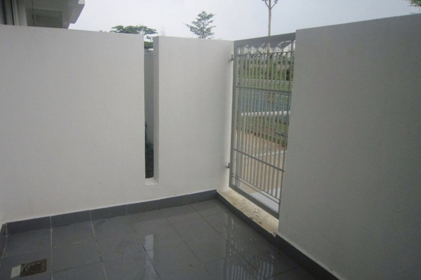 For Sale Terrace at TTDI Grove, Kajang Freehold Unfurnished 4R/3B 665k