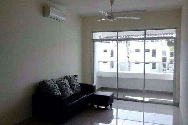 For Rent Condominium at Tiara ParkHomes, Kajang Freehold Semi Furnished 3R/2B 1.5k