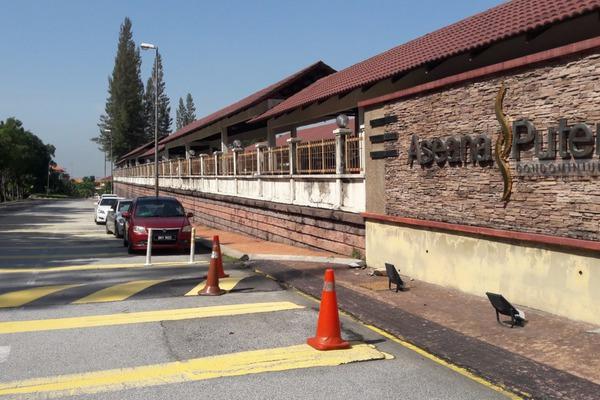 For Rent Condominium at Aseana Puteri, Bandar Puteri Puchong Freehold Semi Furnished 3R/2B 1.6k