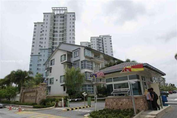 For Rent Condominium at Desa Impiana, Puchong Freehold Semi Furnished 3R/2B 1.6k