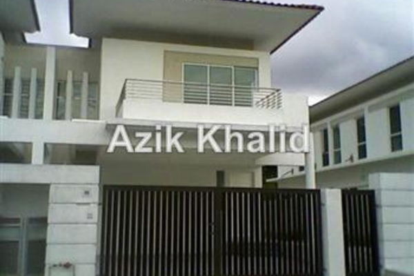 For Sale Semi-Detached at Mutiara Gombak, Gombak Freehold Unfurnished 4R/5B 1.8百万