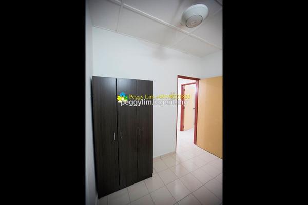 For Rent Terrace at PU10, Bandar Puchong Utama Freehold Semi Furnished 4R/3B 1.1k