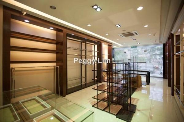 For Rent Shop at The Zest, Bandar Kinrara Freehold Unfurnished 0R/0B 3k