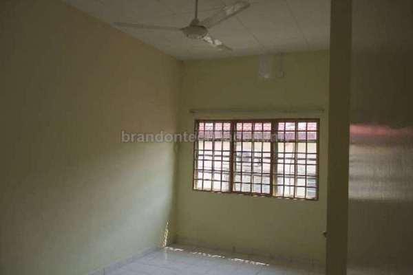 For Rent Link at BP2, Bandar Bukit Puchong Freehold Unfurnished 4R/3B 1.6k