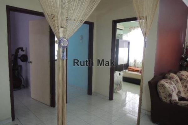 For Sale Apartment at Sri Mekar Apartment, Bandar Puchong Jaya Leasehold Unfurnished 3R/2B 318k