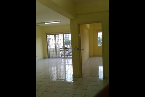 For Sale Apartment at Kayangan Apartment, Bandar Sunway Leasehold Unfurnished 3R/2B 360k