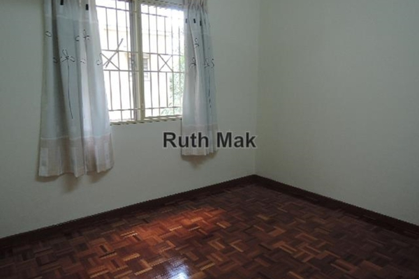For Sale Apartment at Sri Penaga Apartment, Pusat Bandar Puchong Leasehold Semi Furnished 3R/2B 360k