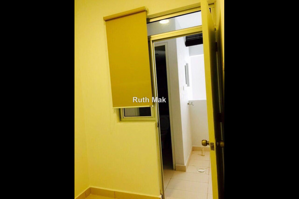 For Rent Condominium at Rimba Residence, Bandar Kinrara Leasehold Semi Furnished 4R/3B 2.5k