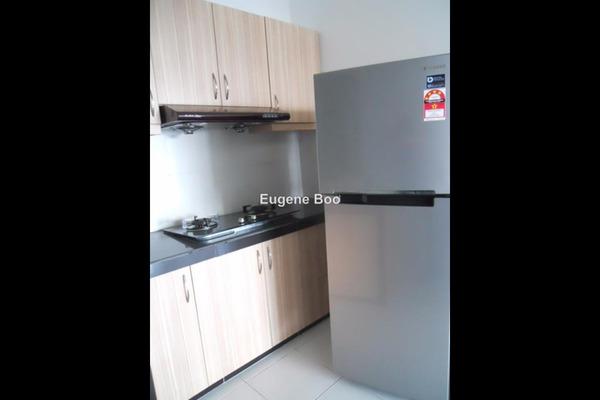 For Sale Condominium at Main Place Residence, UEP Subang Jaya Leasehold Semi Furnished 3R/2B 528k