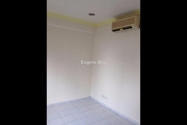 For Sale Condominium at Garden Park, Bandar Sungai Long Leasehold Semi Furnished 3R/2B 295k