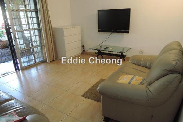 For Sale Link at BK3, Bandar Kinrara Freehold Unfurnished 4R/3B 650k