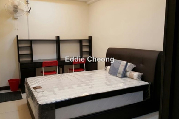For Sale Condominium at Indah Villa, Bandar Sunway Leasehold Semi Furnished 4R/3B 690k