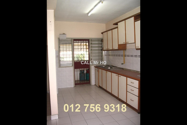 For Sale Condominium at Union Heights, Old Klang Road Leasehold Unfurnished 2R/2B 470k