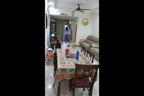 For Sale Condominium at Nilam Puri, Bandar Bukit Puchong Leasehold Semi Furnished 3R/2B 365k