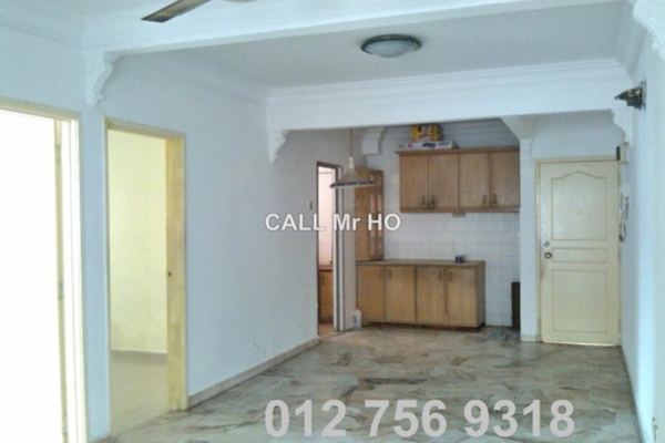 For Sale Apartment at Iris Apartment, Taman Desa Leasehold Unfurnished 2R/2B 280k
