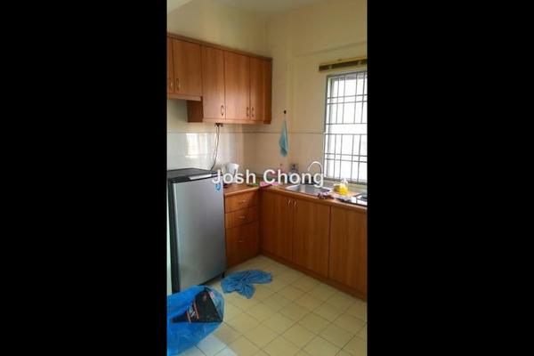 For Rent Apartment at Kantan Court, Seri Kembangan Leasehold Semi Furnished 3R/2B 850translationmissing:en.pricing.unit