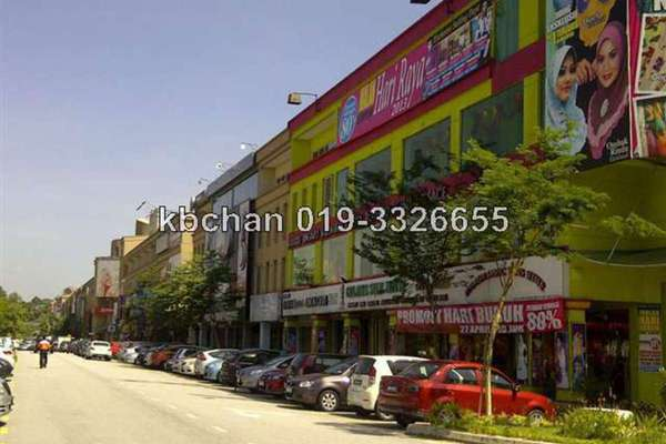 For Sale Shop at The Strand, Kota Damansara Leasehold Unfurnished 0R/0B 4.2m