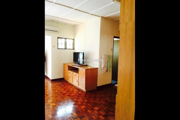 For Rent Link at Rahim Kajai, TTDI  Unfurnished 4R/3B 3k