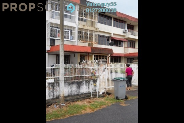 For Sale Terrace at Taman Hui Aun, Air Itam Freehold Unfurnished 5R/3B 350k
