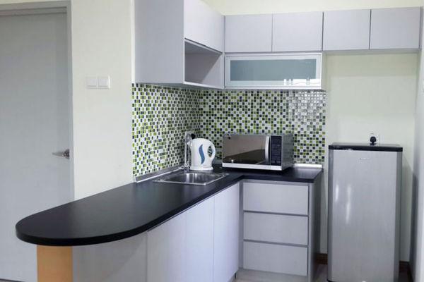 For Rent Condominium at Seri Puteri, Bandar Sri Permaisuri Leasehold Semi Furnished 3R/2B 1.9k