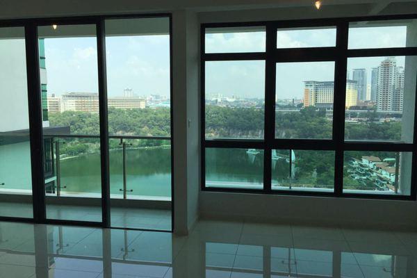 For Sale Condominium at LaCosta, Bandar Sunway Leasehold Unfurnished 3R/2B 968k