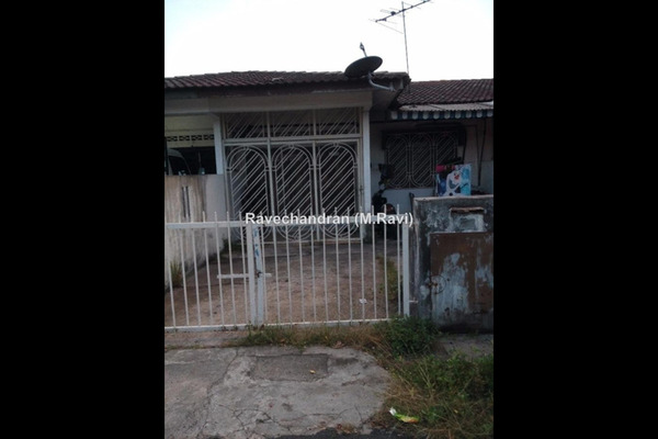 For Sale Terrace at Taman Sentosa, Klang Freehold Unfurnished 3R/1B 230k
