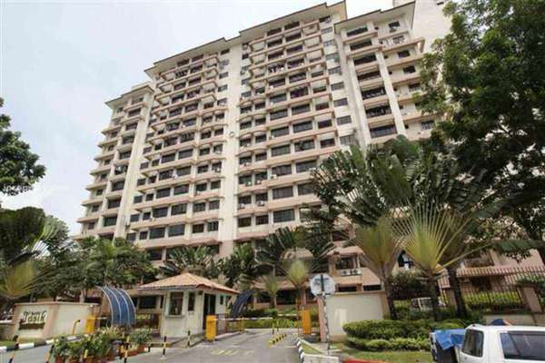 For Rent Condominium at Bayu Tasik 1, Bandar Sri Permaisuri Leasehold Unfurnished 3R/2B 1.3k