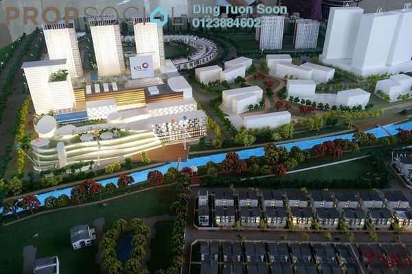 For Sale Serviced Residence at Maple Residences, Bandar Bestari Freehold Unfurnished 2R/2B 450k