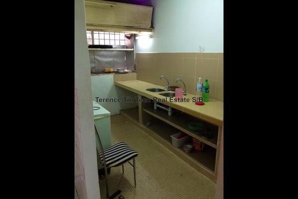 For Sale Apartment at Taman Bukit Cheras, Cheras Freehold Semi Furnished 2R/1B 160k