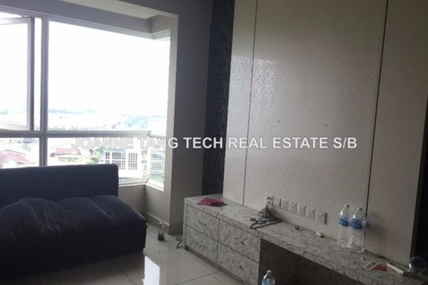 For Sale Condominium at First Residence, Kepong Leasehold Unfurnished 3R/2B 530k