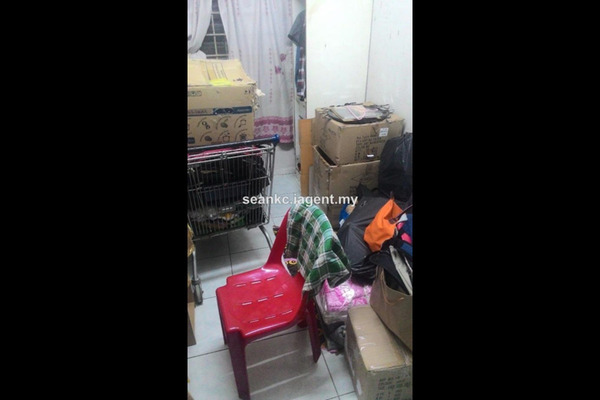 For Sale Apartment at Pelangi Magna, Kepong Leasehold Fully Furnished 3R/2B 155k