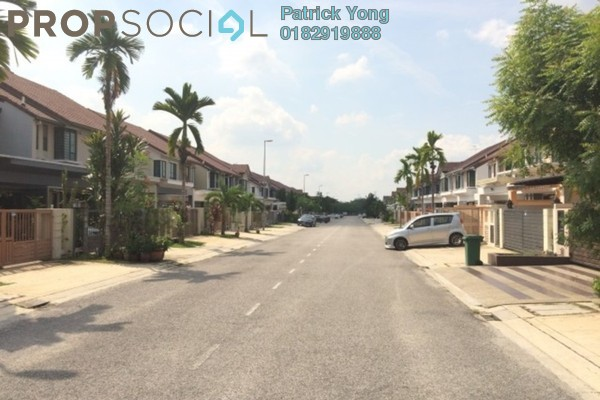 For Sale Terrace at Putra Avenue, Putra Heights Freehold Semi Furnished 5R/4B 968k