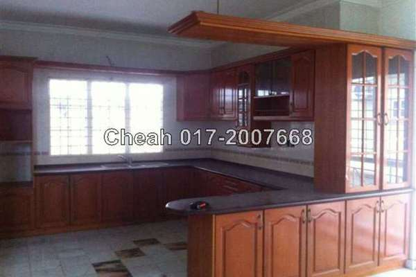 For Sale Bungalow at Taman Len Sen, Cheras Leasehold Unfurnished 7R/6B 1.8m