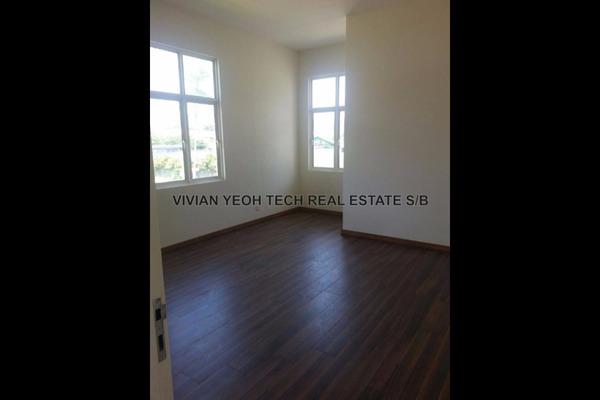 For Sale Semi-Detached at Casa Residence, Bandar Mahkota Cheras Leasehold Semi Furnished 5R/5B 1.47m
