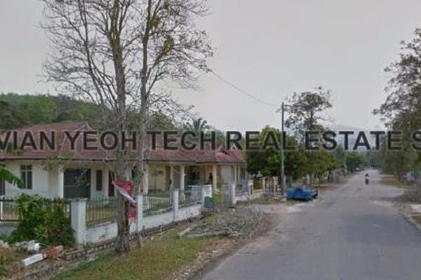 For Sale Bungalow at Taman Tasik Semenyih, Semenyih Leasehold Unfurnished 11R/10B 580k