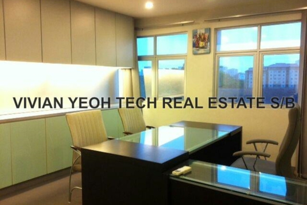 For Rent Office at Queen's Avenue, Cheras Leasehold Unfurnished 0R/0B 2.8k