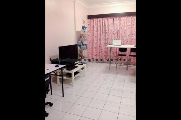 For Sale Condominium at De Centrum Unipark Condominium, Kajang Leasehold Unfurnished 3R/2B 380k