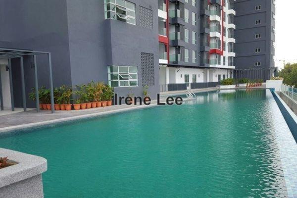 For Sale Condominium at Silk Residence, Bandar Tun Hussein Onn Leasehold Unfurnished 3R/2B 490k