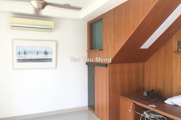 For Sale Terrace at Taman Lestari Putra, Bandar Putra Permai Leasehold Unfurnished 4R/3B 578k