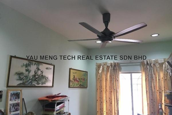 For Sale Link at BK4, Bandar Kinrara Freehold Unfurnished 4R/3B 980k