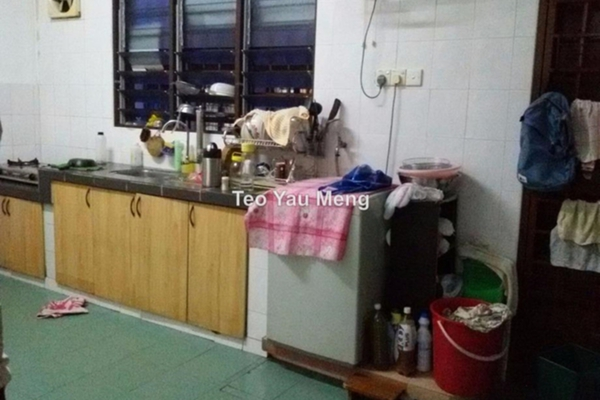 For Rent Terrace at Happy Garden, Old Klang Road Freehold Unfurnished 3R/2B 1.6k