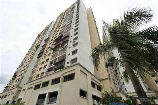 For Rent Apartment at Desa Sri Puteri Apartments, Desa Petaling Leasehold Semi Furnished 3R/2B 1.1k