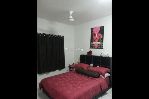 For Sale Condominium at Vista Amani, Bandar Sri Permaisuri Leasehold Unfurnished 3R/2B 420k