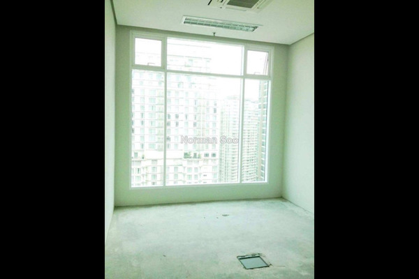 For Sale SoHo/Studio at Soho Suites, KLCC Leasehold Unfurnished 1R/1B 720k