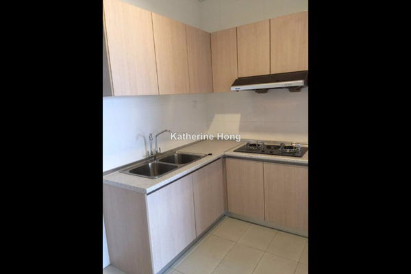 For Sale Condominium at Andana @ D'Alpinia, Puchong Leasehold Semi Furnished 2R/3B 838k